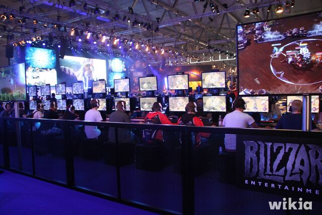 Archivo:Gamescom 2016 - Blizzard.jpg