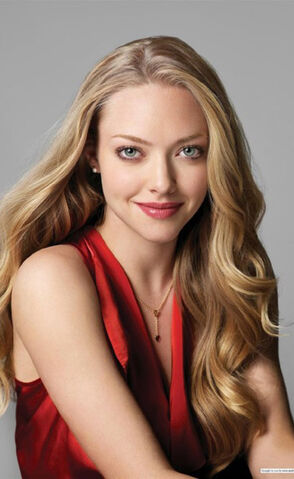 File:Amanda Seyfried.jpg