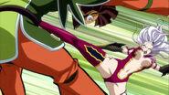 Mirajane kicks Azuma