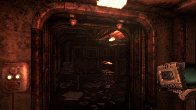 File:Vault 92 HL room.jpg