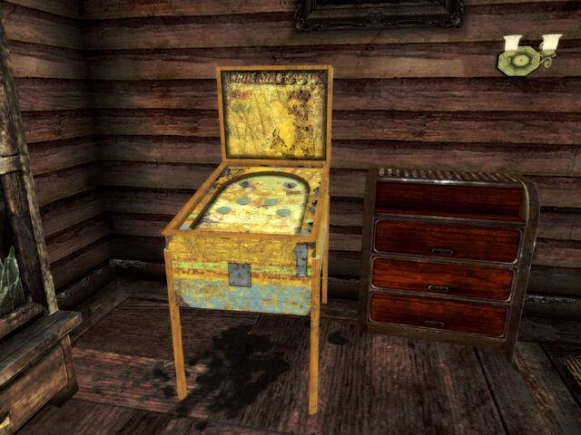 File:Pinball machine lodge.jpg