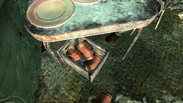 File:Raider wreckage fortifications3.jpg