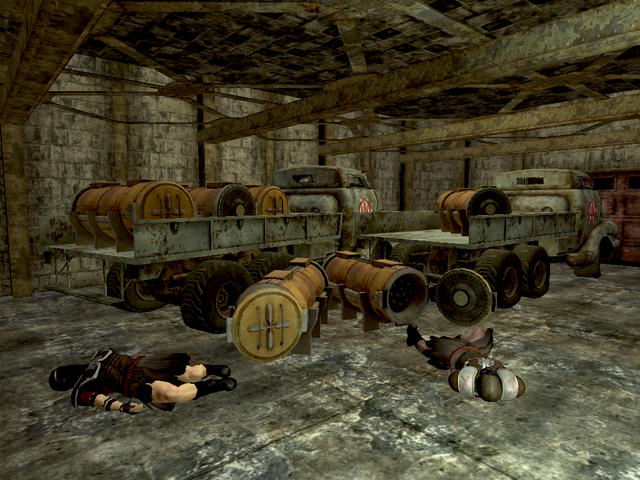 File:FNV Disposal Trucks Searchlight.png