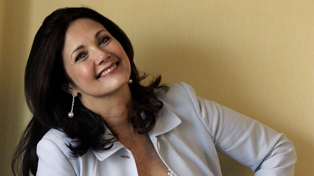 File:Lynda Carter.jpg