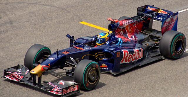 File:Toro Rosso STR4.jpg