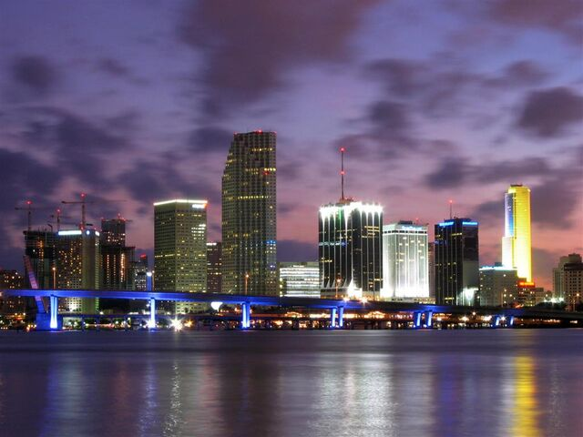 File:Miami-Skyline-Dusk-Large.jpg