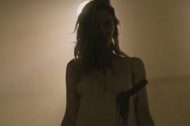 http://vignette4.wikia.nocookie.net/fearthewalkingdead/images/e/e2/Gloria-Trailer.PNG/revision/latest?cb=20150711015541