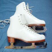 Figure-skates-1