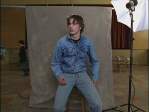 Opening-Credits-James-Franco-freaks-and-geeks-17545157-800-600
