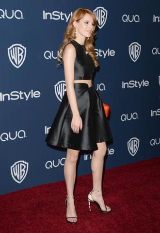 File:330px-Bella-thorne-1391009804.jpg
