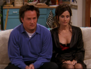 Chandler & Monica (8x15)