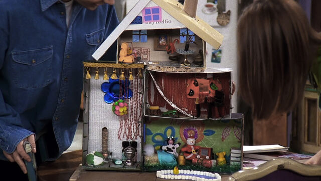 File:The One With -- Pheebs Dollhouse .jpg