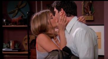 Ross & Rachel Kiss (8x22)