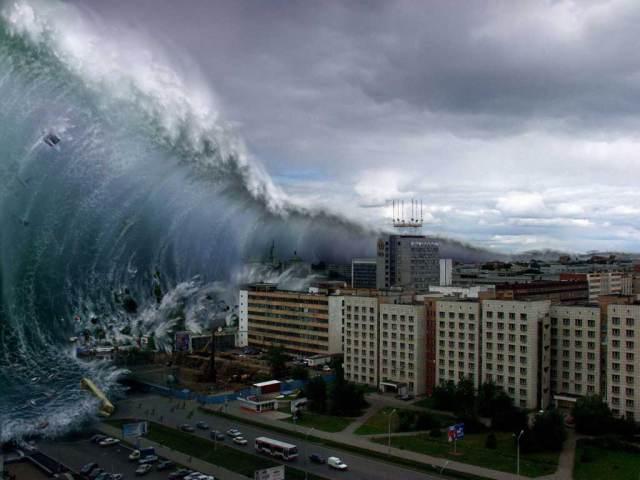 File:Mega-tsunami-2012.jpg