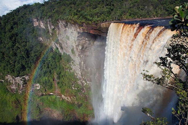 File:Kaieteur falls by surinameblogger.jpg