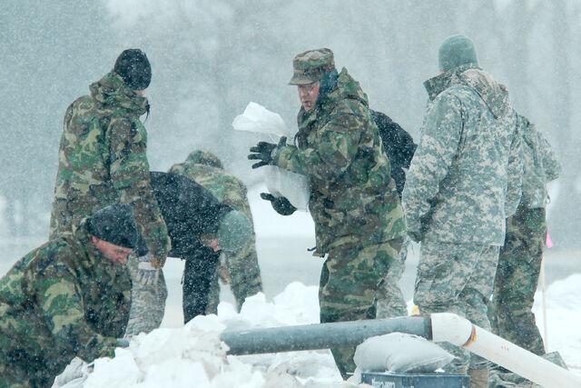 File:SoldiersInFairbanks.jpg