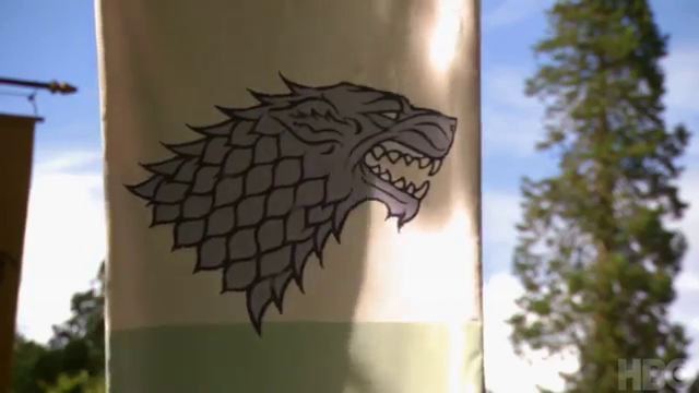 File:Stark banner behind the scenes.png
