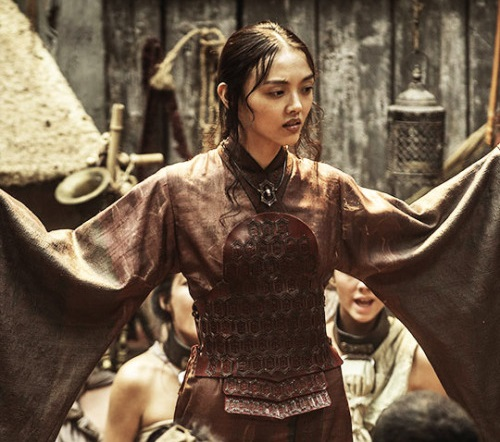File:503 Red Priestess costume.jpg