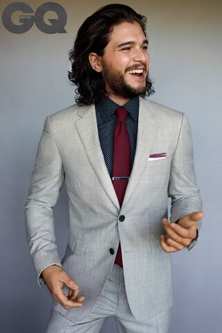 File:Kit Harington-01-GQ-23Dec14 Peggy Sirota b 720x1080.jpg