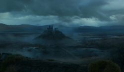 S04E8 - Moat Cailin - distant view