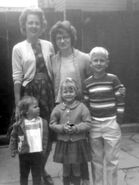 Anna (Olsen) Visser & Children with Rose Mary (Siney) Zipp & daughter Carol