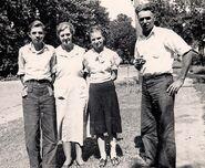 Richard, Mabel, Doris, and Jess Hunt