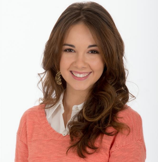 Haley Pullos wiki