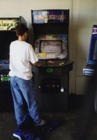 File:RGB Arcade Mark Brown June 1997 img1.jpg