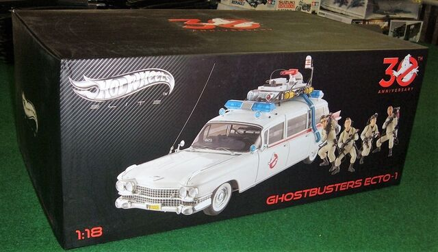 File:Hot Wheels Ecto1 1-18 Scale 30th Elite01.jpg