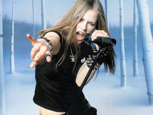 File:Avril lavigne 11.jpg