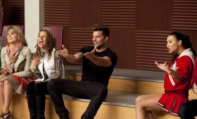 File:Glee-ricky-martin-wows-directions-with-sexy-and-i-know-it.jpg