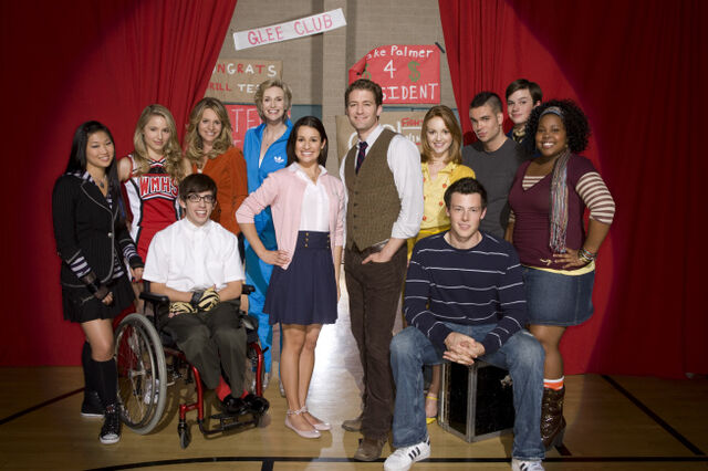 File:Glee Club Main Cast.jpg