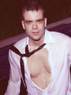 File:Glee-mark-salling-flaunt.jpg