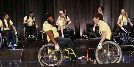 File:Glee-ep-9-wheels-wheelchairs1.jpg