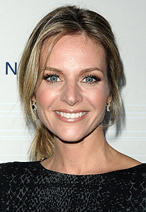 File:101014Jessalyn-Gilsig1.jpg