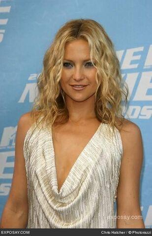 File:Kate-hudson-2006-mtv-movie-awards-arrivals-0ZUtHT.jpg