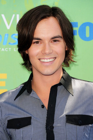 File:Tyler Blackburn.jpg