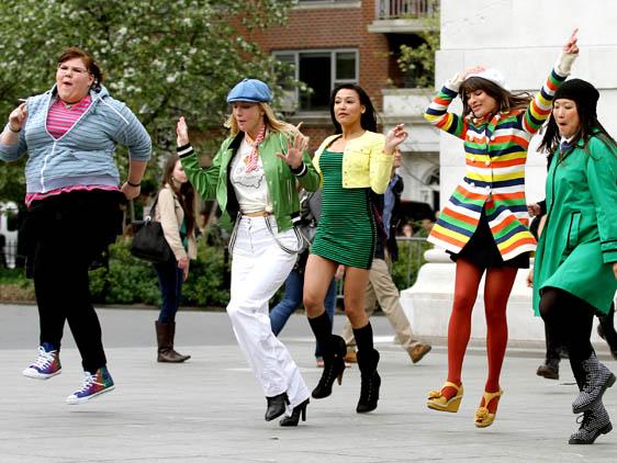 File:Glee cast wenn1.jpg