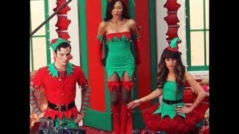 Glee - Here Comes Santa Claus (PREVIEW)