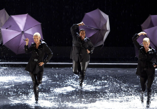 File:Singin-in-the-rain umbrella.jpg