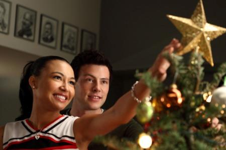 File:A-very-glee-christmas.jpg