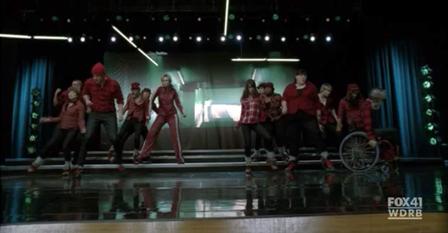 File:SING Glee.png
