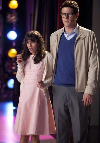 File:Glee-rocky-horror-lea-michele-cory-monteith-350.jpg