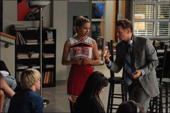 File:03-Glee again.jpg