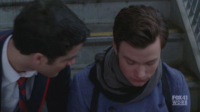 File:Kurt-Blaine-2x06-Never-Been-Kissed-kurt-and-blaine-16875344-1280-720.jpg