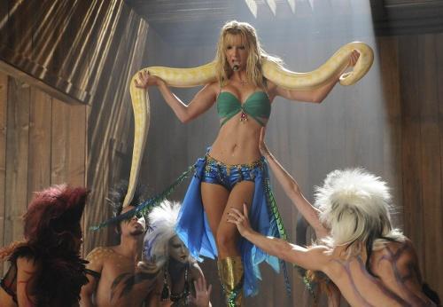 File:500px-Brittany-Britney-glee-15785081-653-4521.jpg