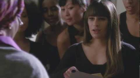 "Rachel Invited to Winter Showcase from ""Swan Song"" GLEE"