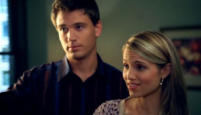 File:CSI-NY-3x07-Murder-Sings-the-Blues-dianna-agron-13573738-640-368.jpg