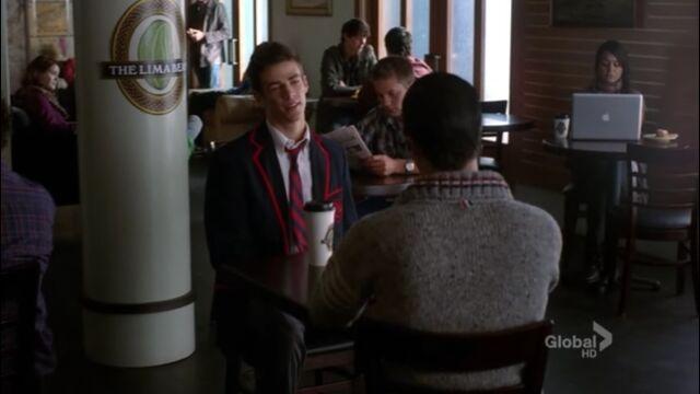 File:S03E05 - Blaine - Cafe Sebastian.jpg