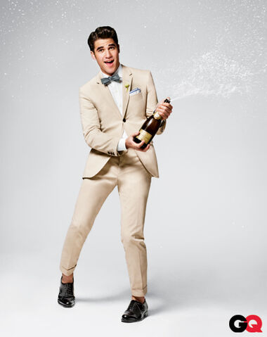 File:Darren-criss-gq-june-2011-02.jpg